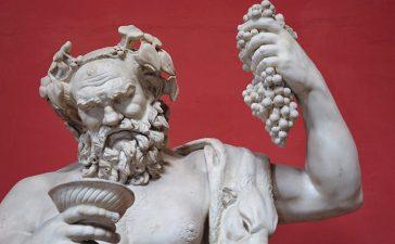 Дионис – бог в греческой мифологии